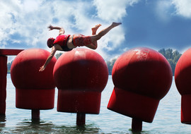 WipeOut Big Red Balls vallende man